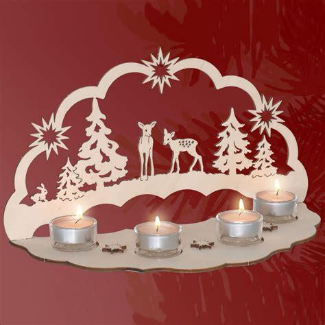 Fensterbilder Weihnachten Aus Holz by Stimmungsvolle Dekorationen Aus Holz Lichterbogen Rehe