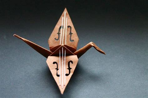 Folding Paper Crane - beautiful paper folding cranes by origami enthusiast