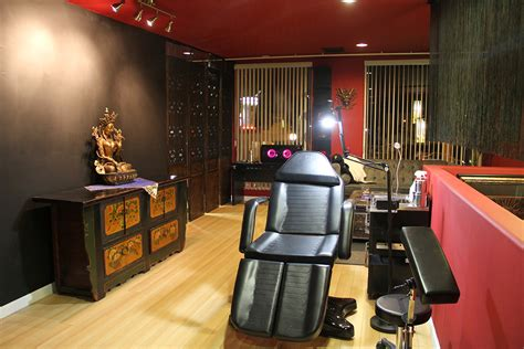 studio photos hailin tattoo los angeles hollywood