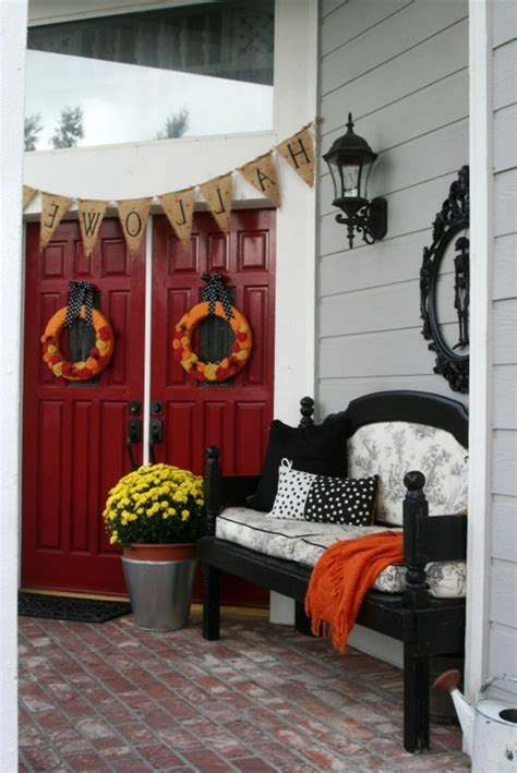 ideen für wohnzimmergestaltung blumen kronleuchter idee