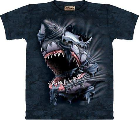 Tshirt Animald shark merchandise