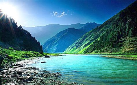 5 Beautiful Places To Be by 5 Beautiful Places To Visit In Pakistan 2017