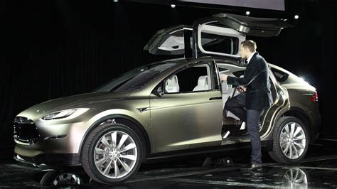 Tesla Costs Tesla Model X Price Tops Out At 100 000