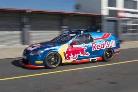 Ricciardo drives T8 Sandman V8 Supercar   Speedcafe