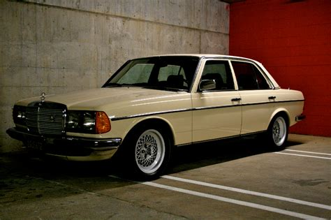 1982 mercedes 300d left front view classic cars today