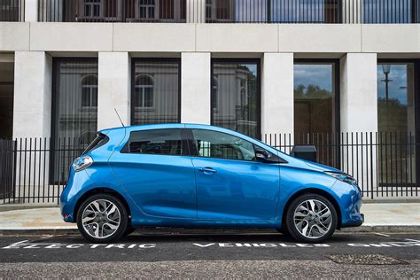 renault zoe 2016 the 2017 renault zoe electric car does 250 miles on a