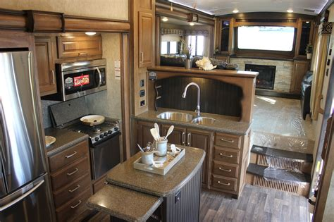 2014 montana fifth wheel front living room 2017 2018 2014 montana fifth wheel front living room 2017 2018