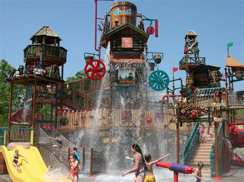 map of us water parks top us water parks travelchannel travel channel