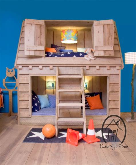 awesome bunkbeds 25 best ideas about house beds on pinterest diy toddler bed pallet toddler beds for boys and