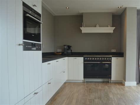 landelijke keuken wit keuken landelijk wit van kaathoven interieurbouw