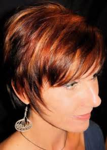highlight colors for black hair pixie haircut with light auburn hair with highlights