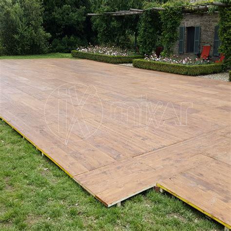 pedane in legno per esterni pavimento pedana legno per cerimonie matrimoni ed eventi e