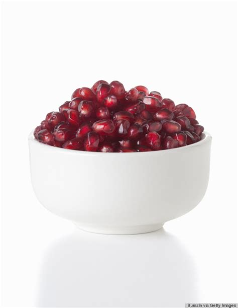 Pomegranate Fruit Seed Separater how to seed a pomegranate without getting juice everywhere