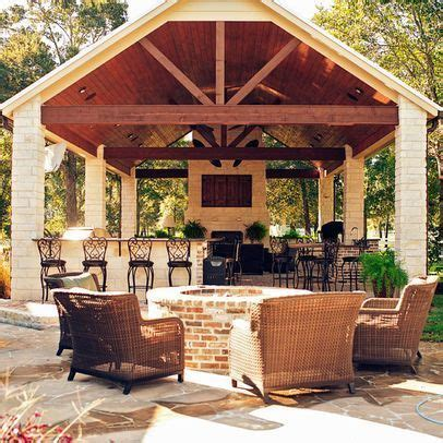 25  best ideas about Outdoor kitchen patio on Pinterest
