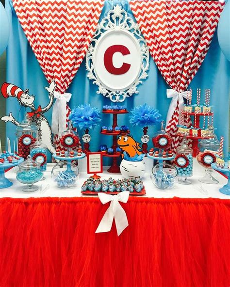 Cat In The Hat Baby Shower Ideas by Best 25 Baby Shower Cat Ideas On Dr Seuss