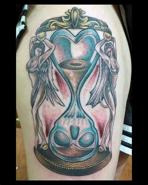 love kills tattoo meaning 83 best images about hour glass tattoo ideas on pinterest