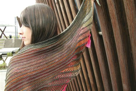 nymphalidea shawl deep fall 2013http www ravelry com nymphalidea melinda vermeer knitwear