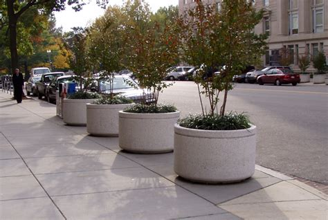 Large Concrete Planter by Concrete Planters Nitterhouse Masonry
