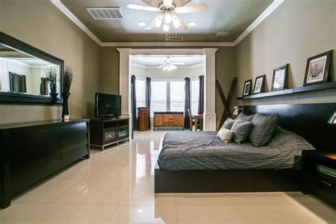 crown molding in bedroom modern crown molding n appealing look modern ceiling