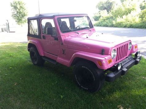 pink jeep 2 door find used 1998 jeep wrangler sahara sport utility 2 door 4