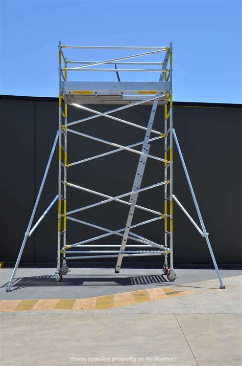 aluminium mobile scaffolding easyscaf 4 0m aluminium mobile scaffold width mr