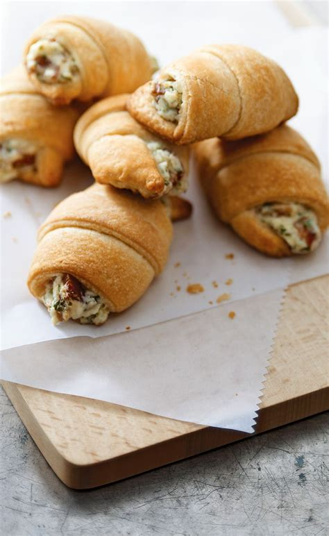 appetizers crescent roll bacon appetizer crescents savory dip meets crescent roll