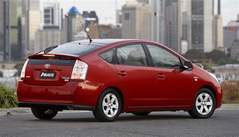 Toyota Prius Recalls Toyota Recalls 2 76m Cars 12 710 Prius Hybrids In