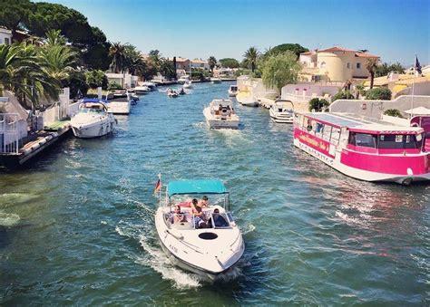 empuriabrava bootje huren empuriabrava is het veneti 235 van spanje met kanalen en