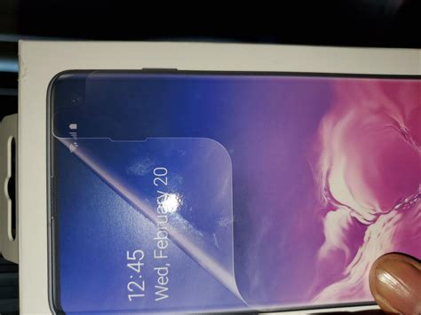 samsung galaxy s10 replacement screen protector not covering cutout you re not alone