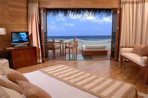 bedroom view 23 amazing bedrooms with a panoramic view of the ocean
