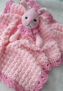 bunny huggy blanket by crews crocheting pattern