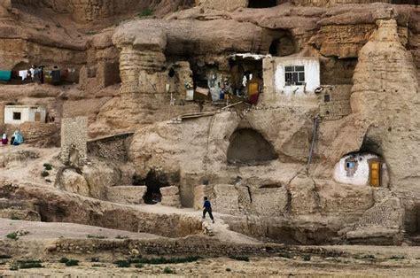 Livingroom Johnston cave homes in bamiyan afghanistan cave homes pinterest