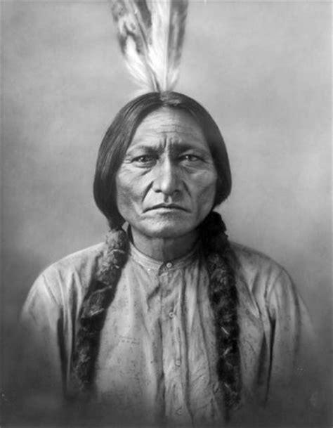 toro seduto capo indiano tȟatȟaŋka iyotȟaŋka mirkone76