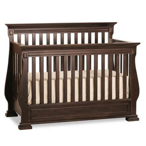 Crib Shaker by Ragazzi Etruria Premium Convertible Shaker Crib In