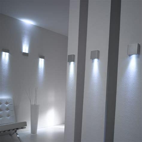 faretti per illuminare quadri forum arredamento it illuminazione zona giorno