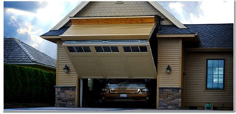 homes with motorhome garages