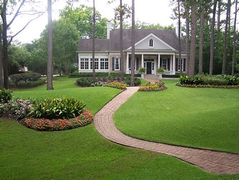 Lawn And Garden Decorating Ideas New Home Designs Home Garden Lawn Ideas
