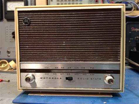 transistor lifier for radio unidentified motorola ac dc am fm transistor radio model tt11eh steve s web junkyard steve byan
