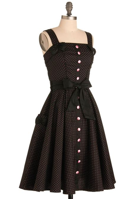 7 Tips For Identifying Vintage Clothing by Sweet Temptation Dress Mod Retro Vintage Dresses