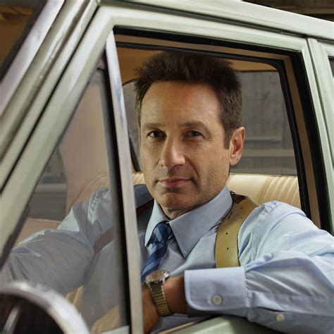 Duchovny Back On Tv by Tv Review Duchovny Back In Investigative Mode On Nbc S
