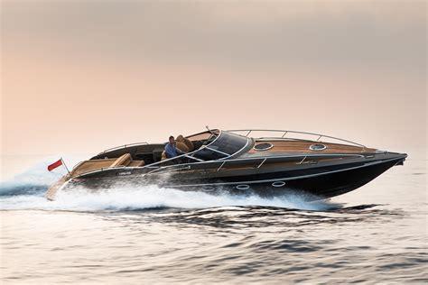 sahara movie boat 2012 hunton xrs43 power boat for sale www yachtworld
