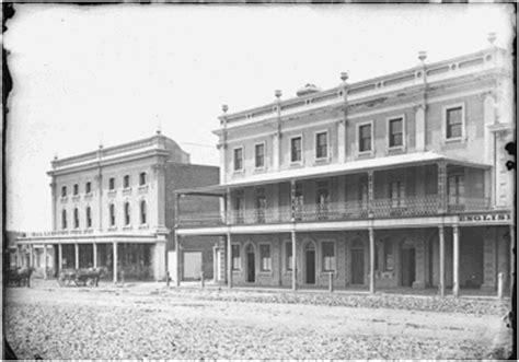 Dalton Post Office by The Dalton Brothers Of Orange