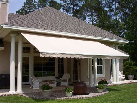 retractable patio awning pin retractable patio awnings 4 fitter glass l shades on pinterest