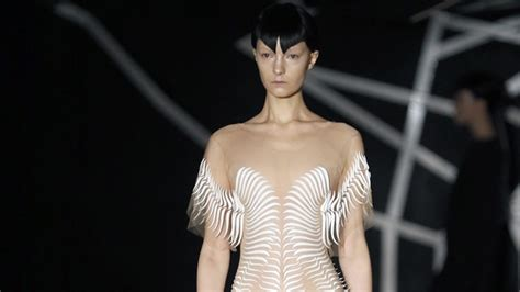 Italy Fashion Industry To Fight Anorexia by A New Study Shows That Disorders Are A Big Problem