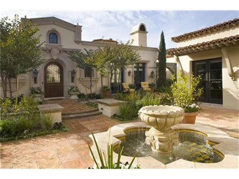 spanish style homes with courtyards spanish colonial spanish colonial hacienda entry courtyard love