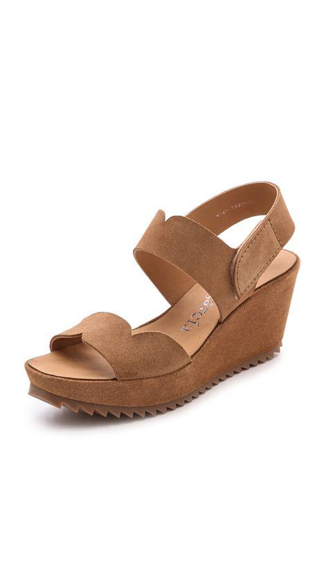 Sandal Fitflop Batik sandals tanning 28 images ted baker s lorno block