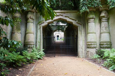 House Entry Designs by Media Highgate Cemetery