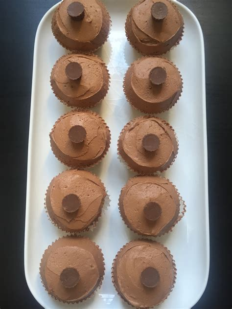 how to make yankee doodle cupcakes recipe reese s chocolate peanut butter cupcakes yankee