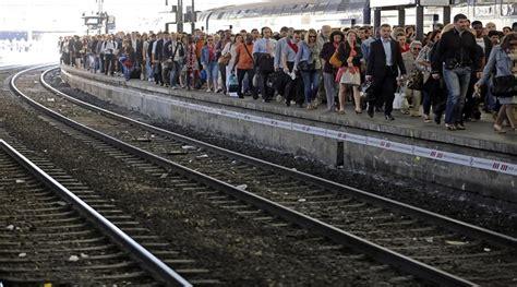 piemonte orari sciopero trenitalia in piemonte confermato info stop