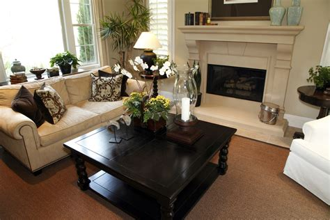 Small Carpet For Living Room 25 Cozy Living Room Tips And Ideas For Small And Big